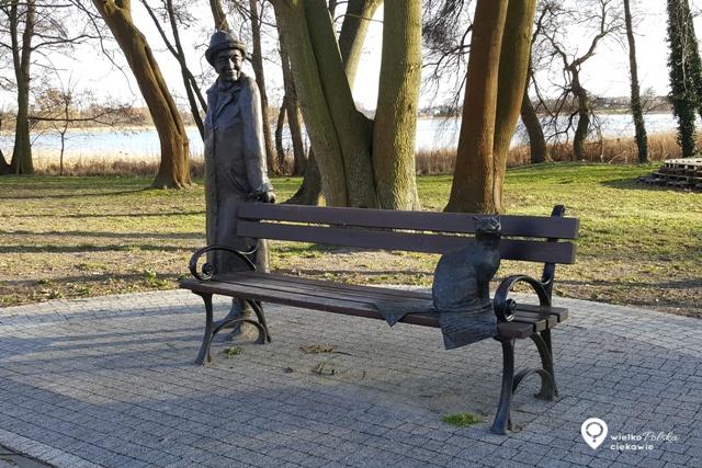 Gdzie na majówkę? Kórnik, zamek w Kórniku, biała dama, ciekawe miejsca wokół Poznania, ciekawe miejsca w Wielkopolsce, zamki w Wielkopolsce, arboretum w Kórniku, wisława szymborska