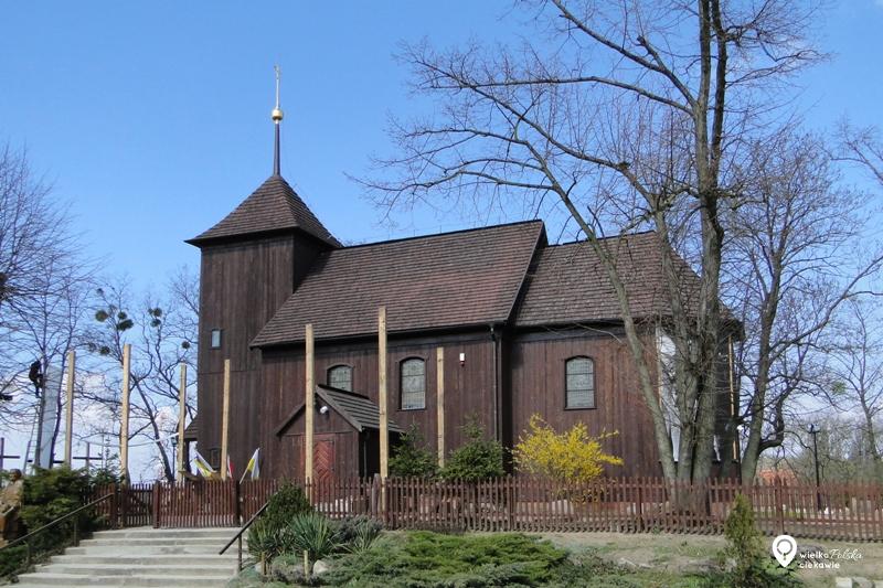 drewniany kościół, kicin, puszcza zielonka, ciekawe miejsca w wielkopolsce, wielkopolska atrakcje, atrakcje blisko poznania
