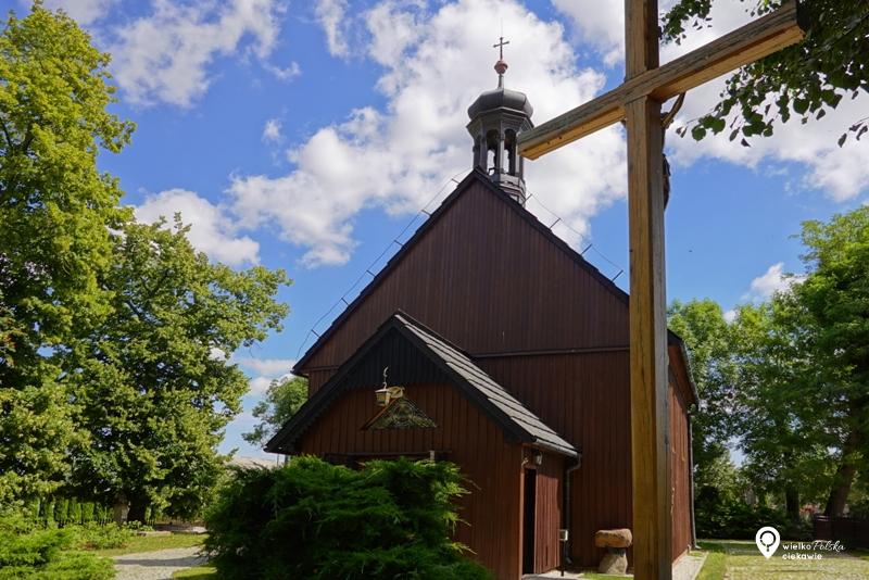 Węglewo, kościoły drewniane, puszcza zielonka, ciekawe miejsca w wielkopolsce, wielkopolska atrakcje, ciekawe miejsca blisko poznania