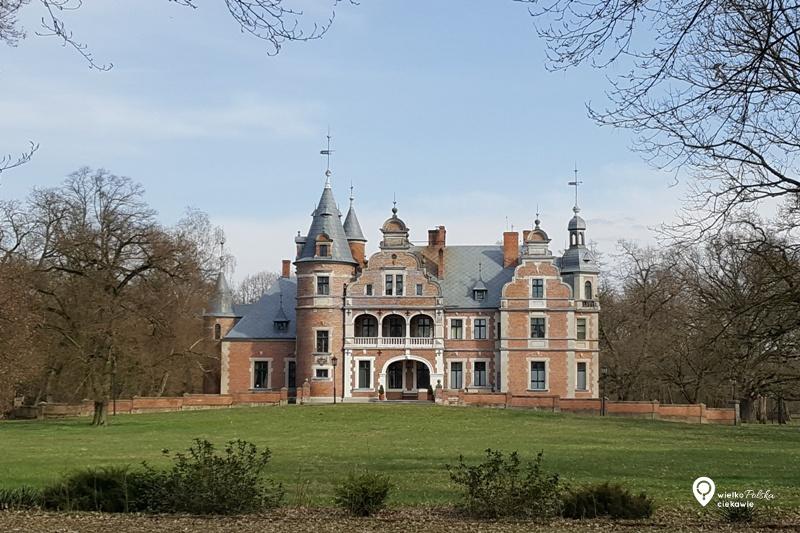 kobylniki pałac, pałace w wielkopolsce, ciekawe miejsca w wielkopolsce, wielkopolska atrakcje, jednodniowa wycieczka z poznania