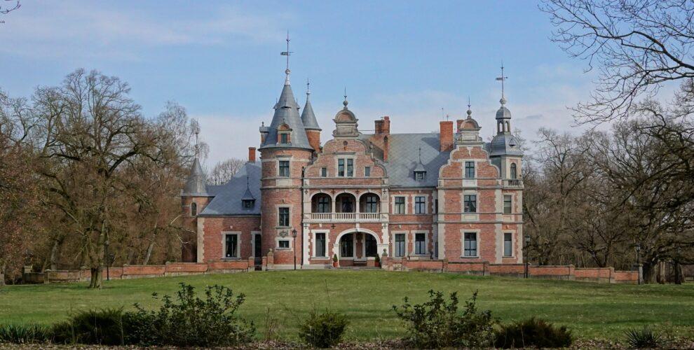 puszcza notecka, pałac kobylniki, powiat szamotulski, gmina obrzycko, ciekawe miejsca w wielkopolsce
