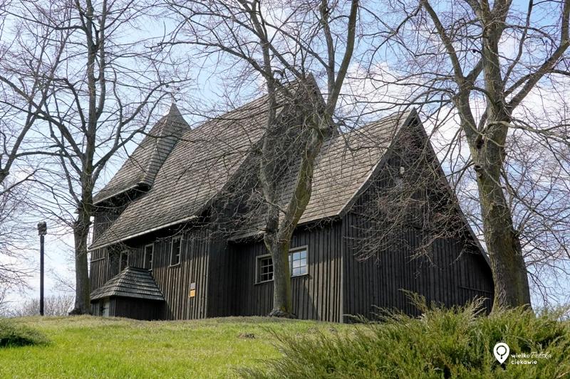 Kościół drewniany, tarnowo pałuckie, szlak cysterski, wielkopolska atrakcje, ciekawe miejsca w wielkopolsce