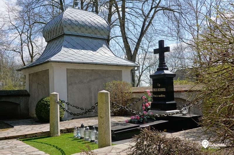 Michorzewo, grób Emilii Sczanieckiej,, Emilia Sczaniecka, pałace w Wielkopolsce, ciekawe miejsca w Wielkopolsce, wielkopolska atrakcje, jednodniowe wycieczki z poznania,