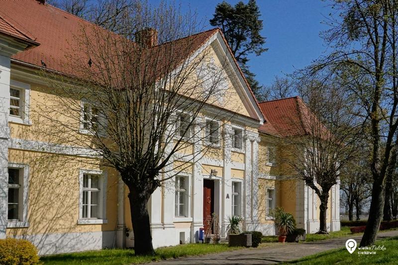 pałac wąsowo, emilia sczaniecka, ciekawe miejsca w wielkopolsce, jednodniowe wycieczki z poznania, wielkopolska atrakcje, najdłuższa wojna nowoczesnej europy